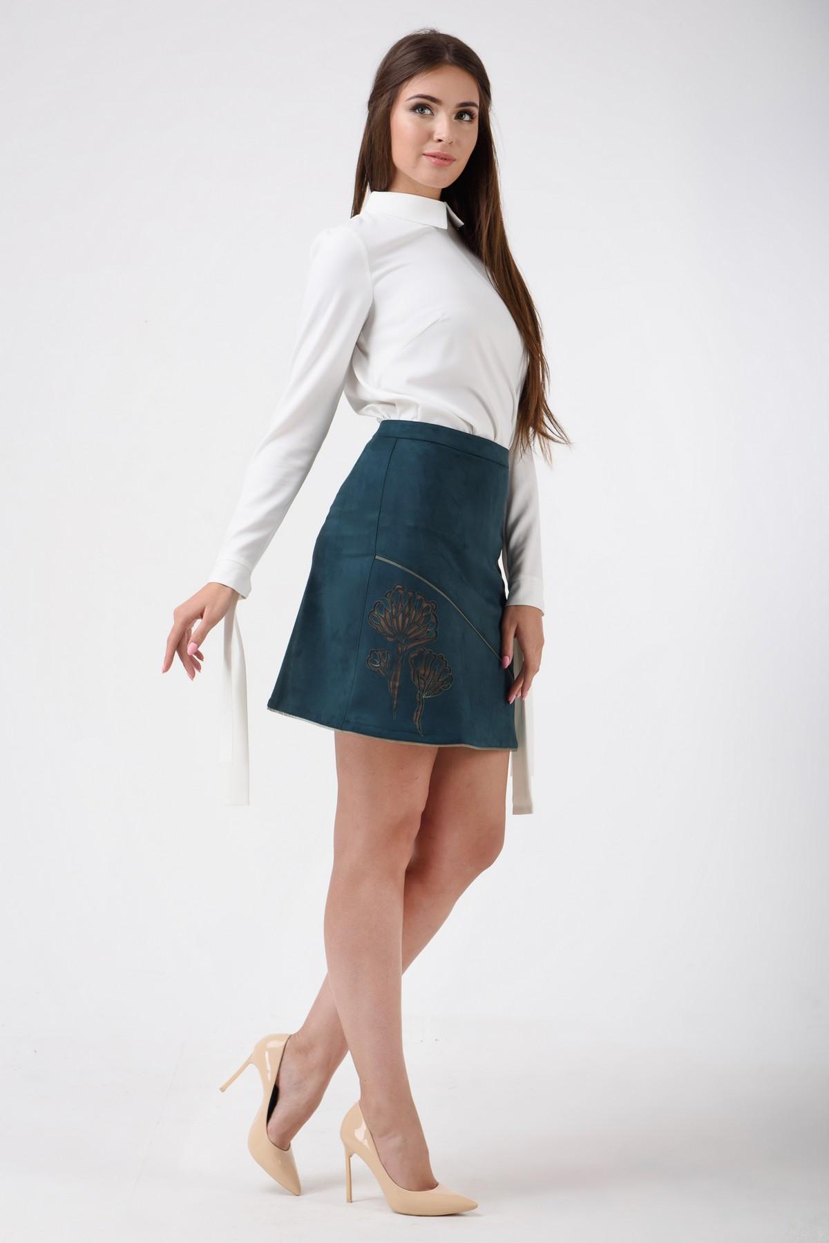Короткая юбка чулки и в анал