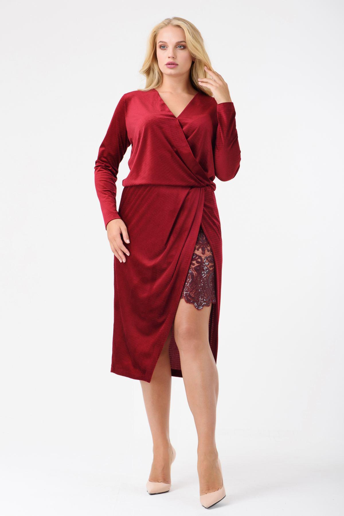 213f671cd57 Коктейльное платье на запах