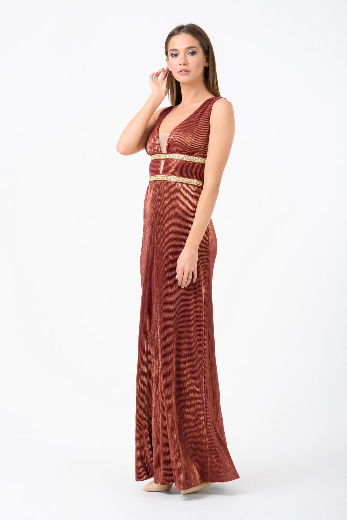 918f1947b9d Вечернее платье из жатого трикотажа RM1910-18VP